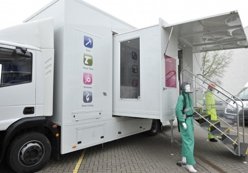 12,000 Kgs Display vehicle with twin pods