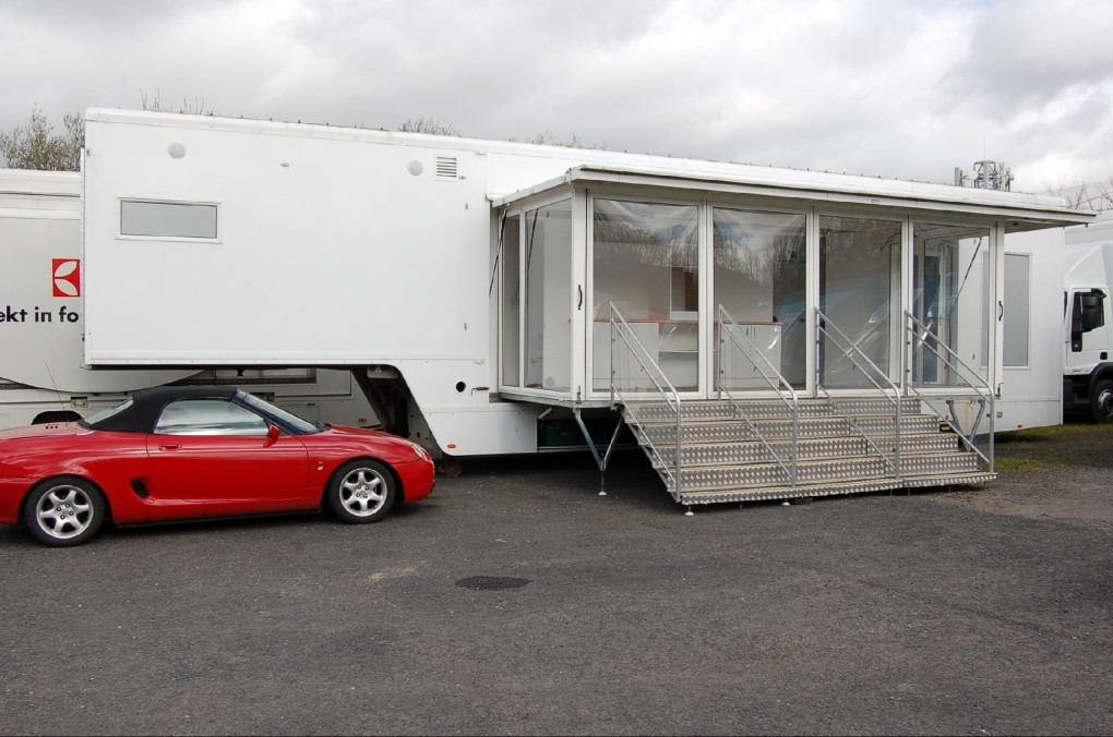 13.5m Artic Exhibition Trailer (EH)