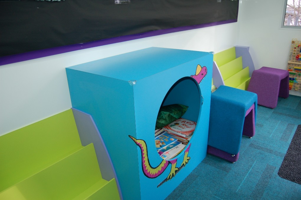 Leeds - Playbus Library