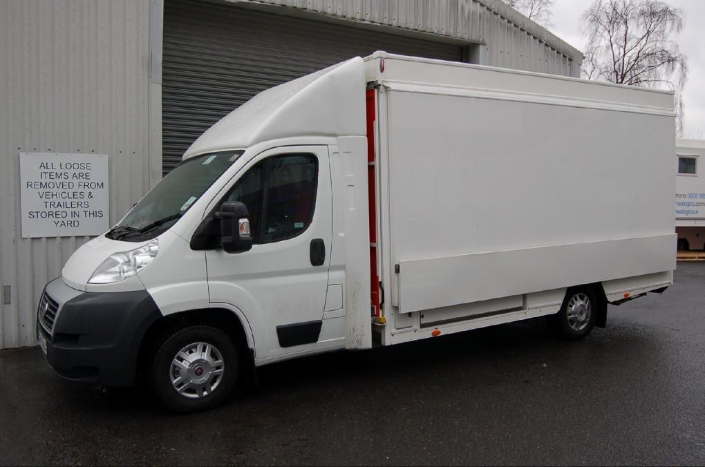 3,500 Kgs Motorised Exhibition Vehicle