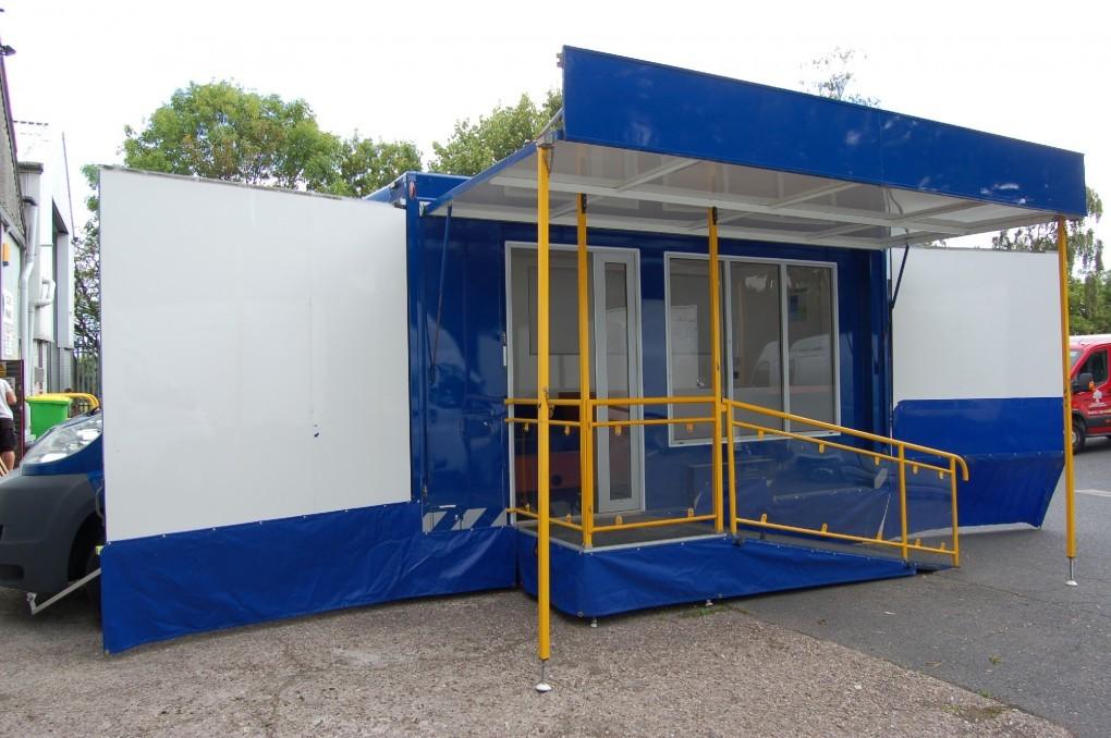 3,500 Kgs Motorised Exhibition Vehicle (SP7229)