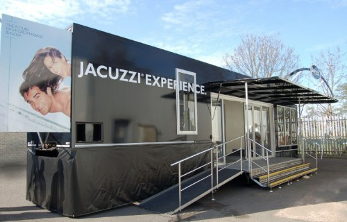 Jacuzzi® Hot Tub Showmans to Tour Europe